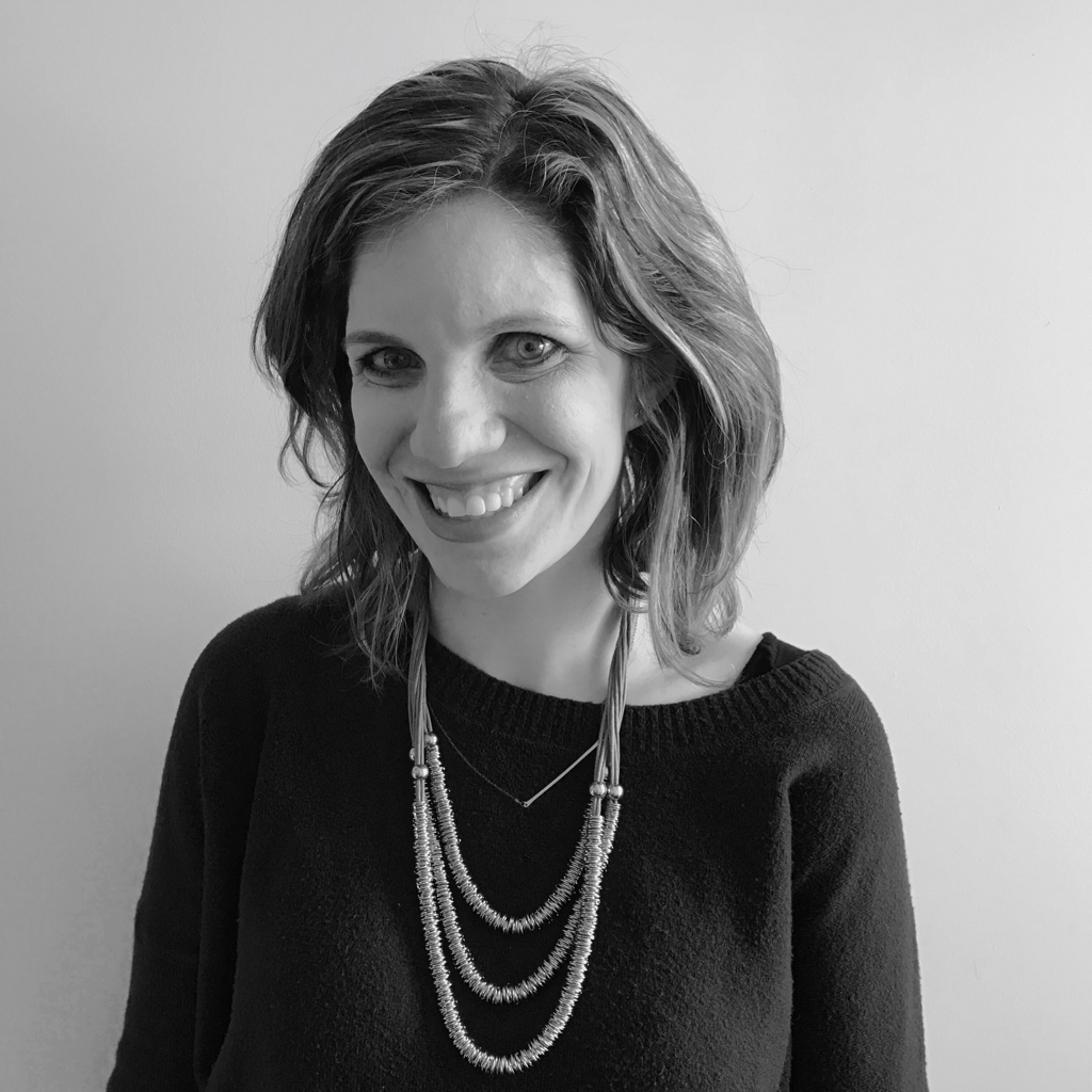 Sarah Seltzer : Editor